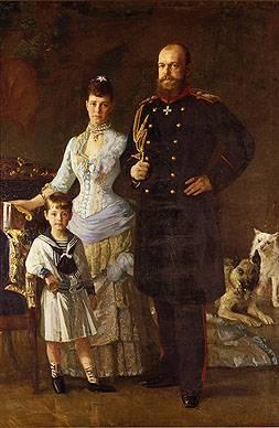 Императорская чета с сыном Михаилом Романовым []