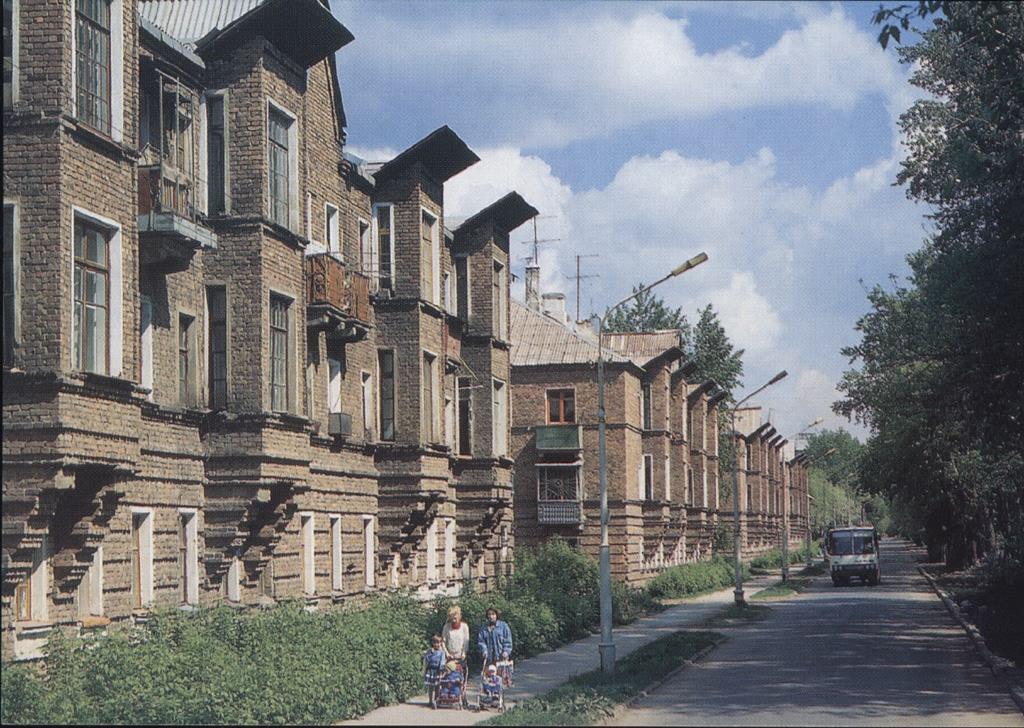 Улица Мира []