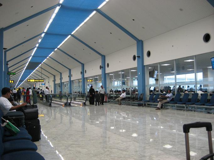 Аэропорт Коломбо []