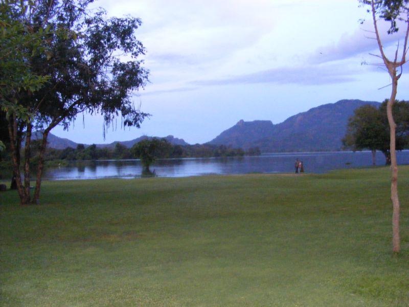 Вид на озеро Амайа []