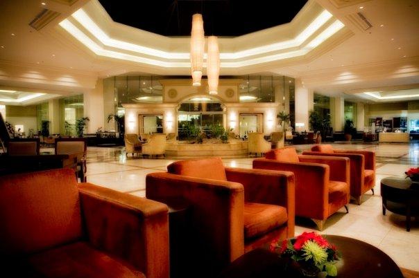 Отель - кресла []