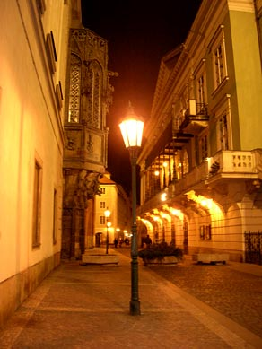 http://world.lib.ru/img/s/shestakow_a_a/praha/praha_18.jpg