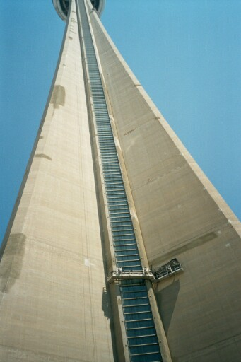 CN Tower []