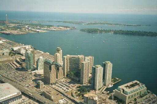 Торонто, вид с CN Tower []
